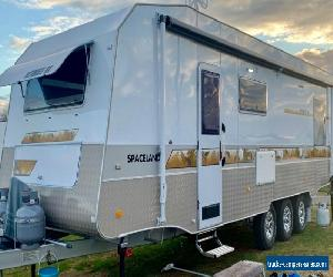 2019 SPACELAND ULTIMATE RV Semi Off Roader 30ft TRI AXLE Caravan REDUCED TO SELL for Sale