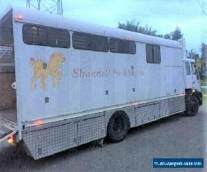 horse truck - 5 horses plus living area for Sale