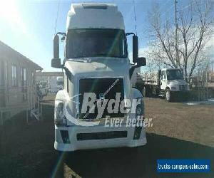 2013 VOLVO VNL64T 670 -- for Sale