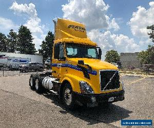 2014 Volvo VNL64T300 for Sale