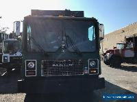2000 Mack MR 688S for Sale